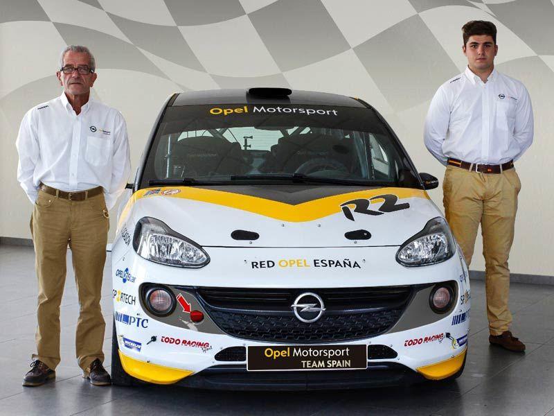 Opel pone en liza el tercer ADAM R2 con el joven Ángel Paniceres