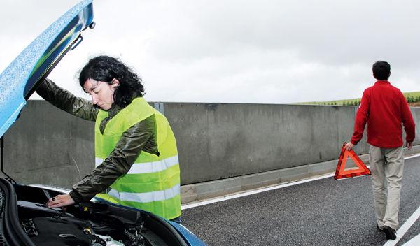 ¿Sabes qué hacer en caso de avería o emergencia en carretera?