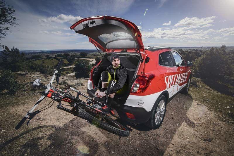 """Opel estará presente en la Feria Internacional de la Bicicleta """"Unibike"""" con su sistema portabicicletas FlexFix"""