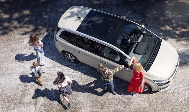 ¡Nuevos Citroën C4 Picasso y Grand C4 Picasso: diseño y confort! ¡Una invitación a viajar!