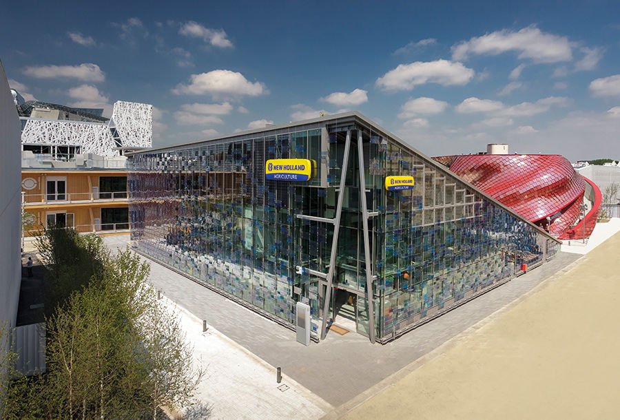 O pavilhão New Holland Agriculture abre as suas portas na EXPO Milano 2015