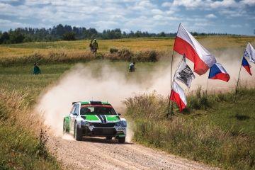 ŠKODA QUIERE SEGUIR LA RACHA DE TRIUNFOS EN EL WRC 2 EN EL VELOZ RALLY DE POLONIA