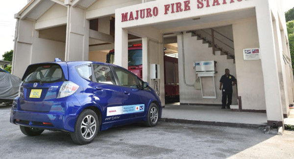 El Honda Jazz eléctrico, a prueba II: ¿cómo introducir coches eléctricos en islas en vías desarrollo?