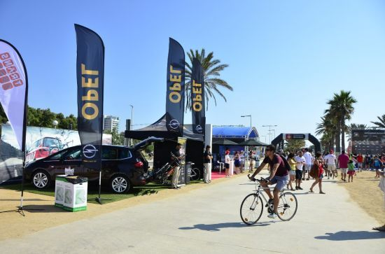 Opel Flexfix protagonista en el Barcelona Triathlon.
