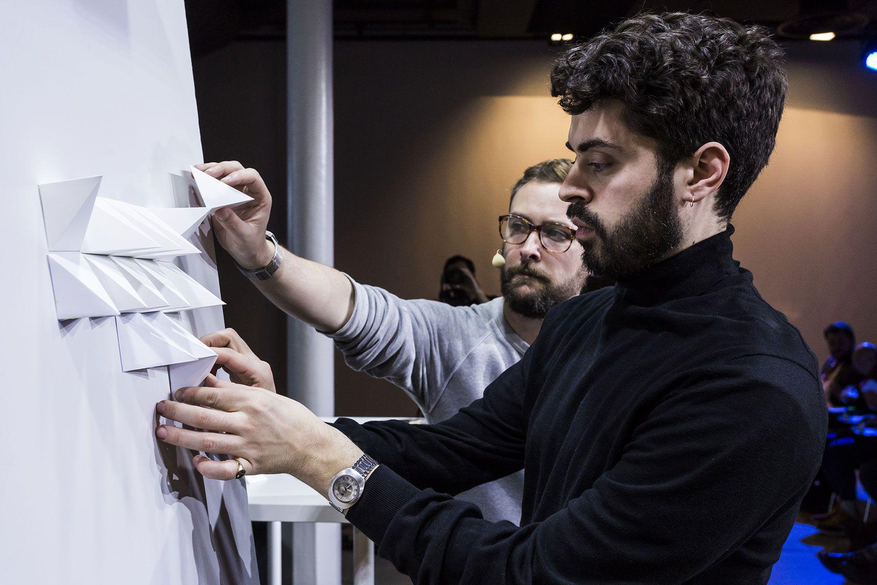 LÓBULO INAUGURA MAZDA CREATORS 2017 CON UN TALLER DE PAPERCRAFT Y DISEÑO