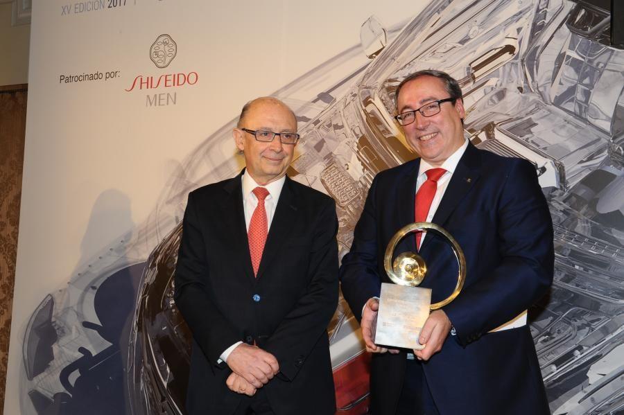 """El SEAT Ateca recibe el premio """"Coche del Año de los Lectores 2017"""""""