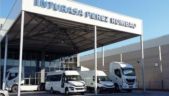 El grupo gallego Inturasa Pérez Rumbao acoge la presentación a clientes de la nueva gama de vehículos IVECO