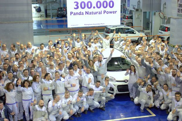 Récord: el Fiat Panda Natural Power 300.000 sale de la planta de Pomigliano