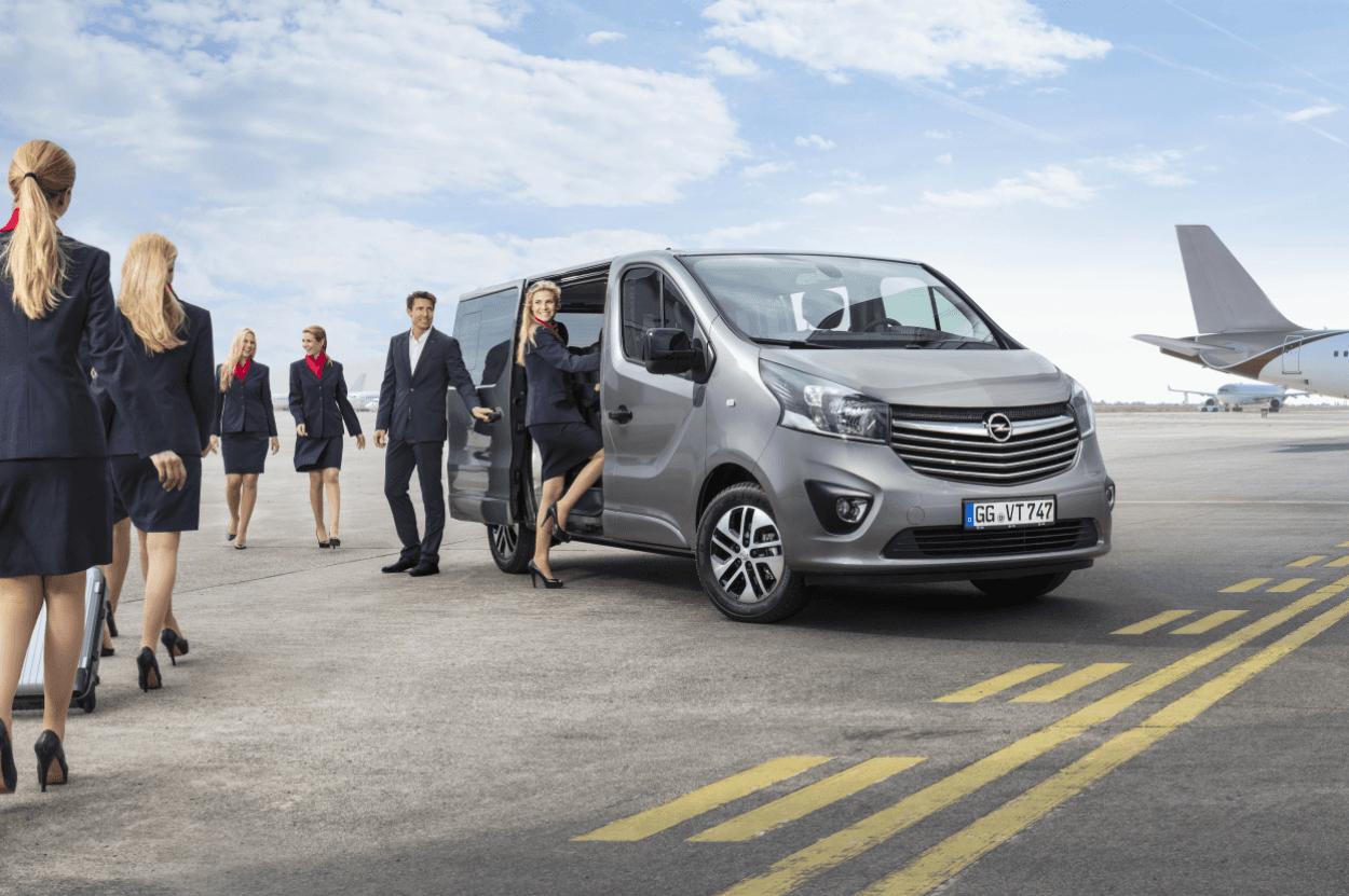 Nuevos comerciales largos Opel Vivaro Tourer y Combi Plus: funcionales, cómodos y versátiles