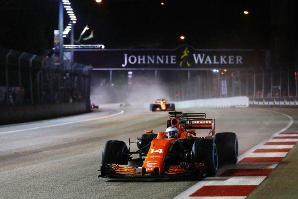 Vandoorne es séptimo en Singapur con Alonso fuera de juego