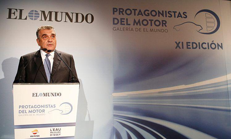 Francisco Javier García Sanz recibe el premio Protagonista del Motor 2017 del diario El Mundo