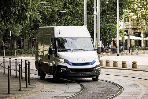 IVECO Daily Blue Power, una nueva gama sostenible para entregas sin límites en zonas urbanas