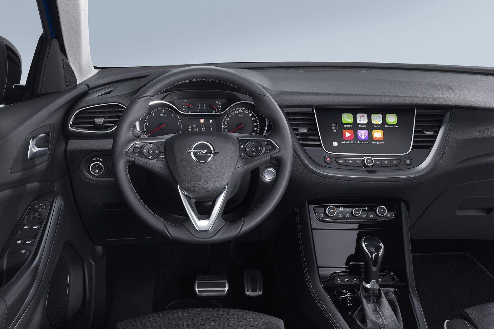 """Opel facilita mantenerse conectado con """"manos libres"""""""