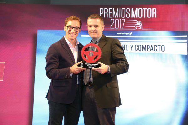 Por votación popular: el Honda Civic recibe el Premio Motor Axel Springer como Mejor Compacto