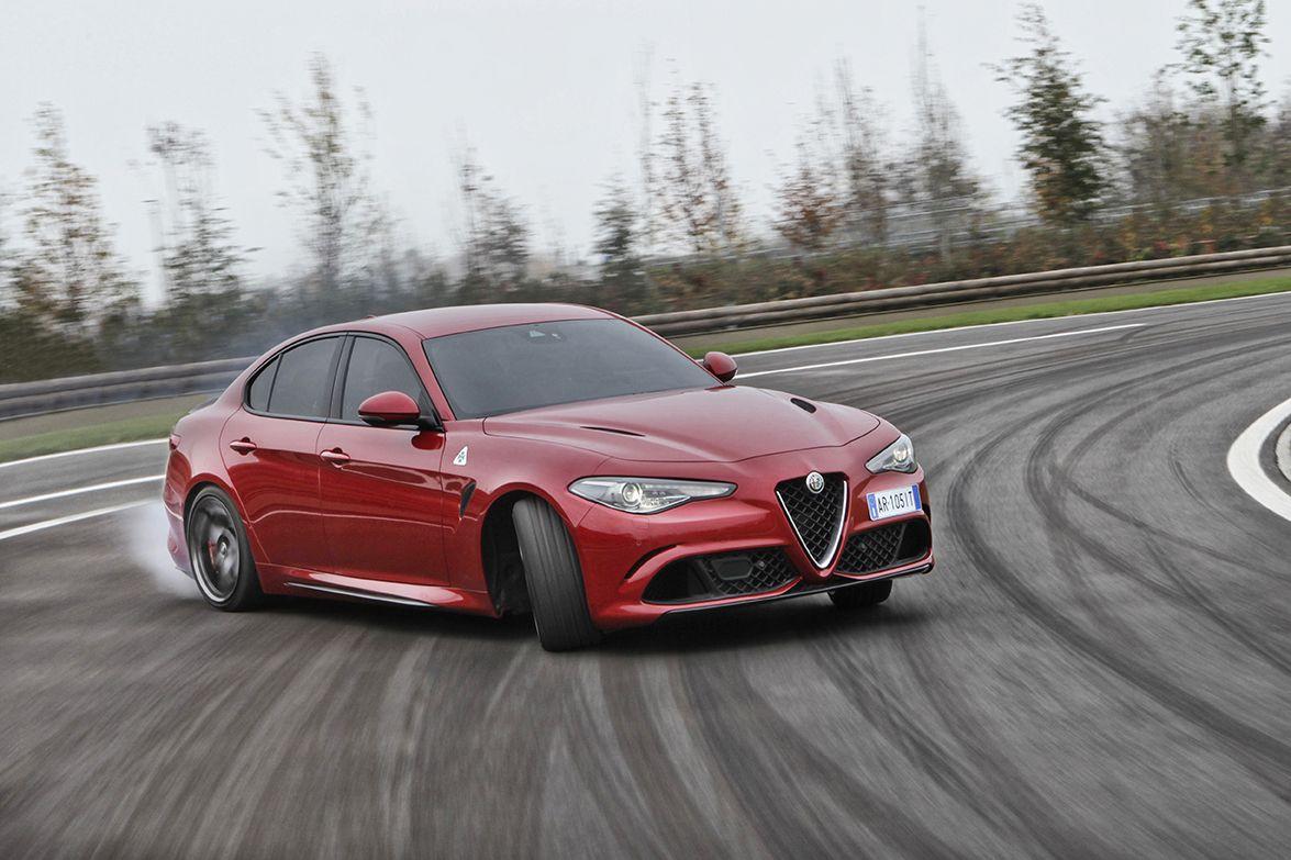 Doblete para Alfa Romeo en el Reino Unido