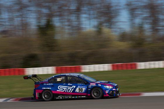 Subaru gana la categoría SP3T en las 24H de Nürburgring