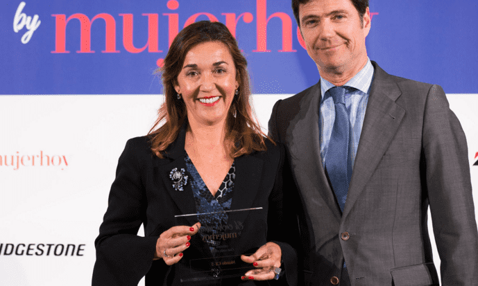 LAS LECTORAS DE LA REVISTA MUJERHOY ELIGEN AL MAZDA CX-5 EN LOS PREMIOS `EL COCHE IDEAL´ 2018