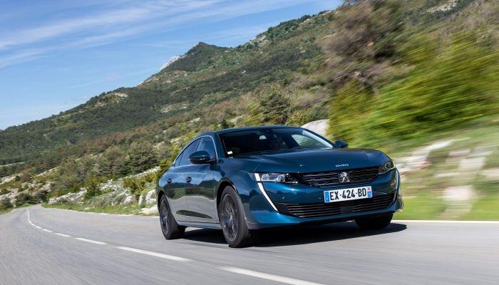 Nuevo Peugeot 508: exterior de coupé, interior espectacular y tecnología avanzada para el segmento D