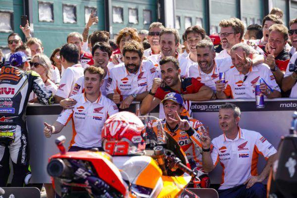 Márquez queda segundo en Italia pero sigue avanzando imparable