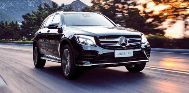 Mercedes GLC L: un SUV de batalla larga solo para China