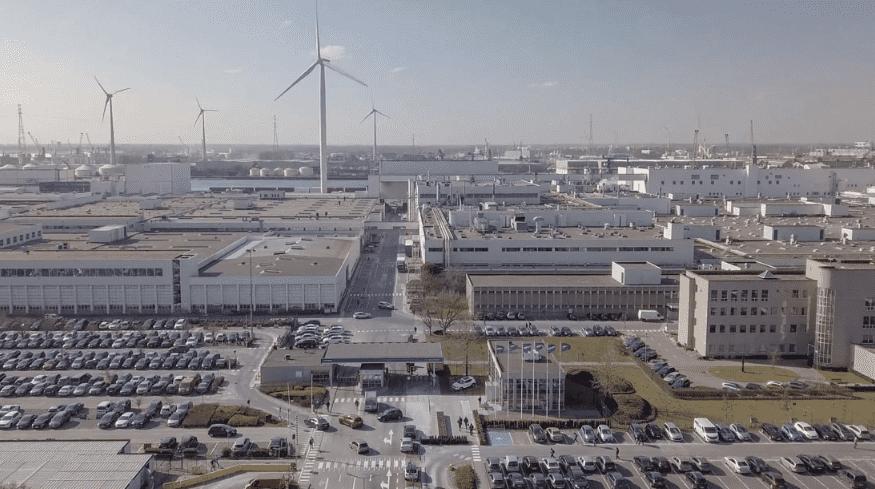 Volvo Cars presenta su primera instalación de energía solar en Gante