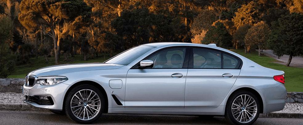 BMW SERIE 5: LA BERLINA HÍBRIDA ENCHUFABLE MÁS DEPORTIVA