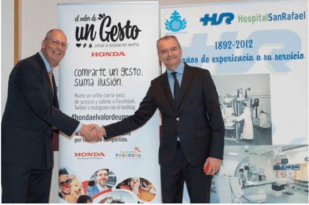 """Honda cierra su acción de RSC 2018 """"El Valor de un Gesto"""" con la donación de 25.000 € a la Fundación Theodora"""