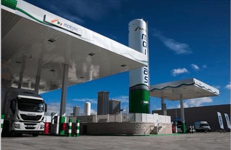 Molgas inaugura una nueva gasinera con el apoyo de IVECO