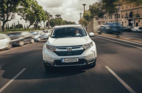 Los coches híbridos, alumnos aventajados en las ciudades