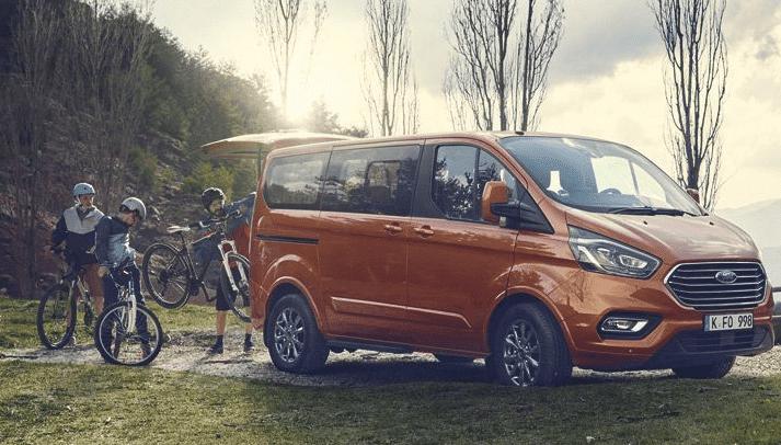 Ford Tourneo Custom se vuelve más híbrido