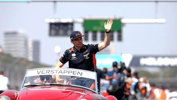 Grandes promesas y mucho champagne en F1: primer podio para Red Bull Racing Honda