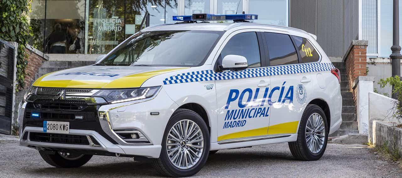 La Policía Municipal de Madrid ya conduce el Outlander PHEV