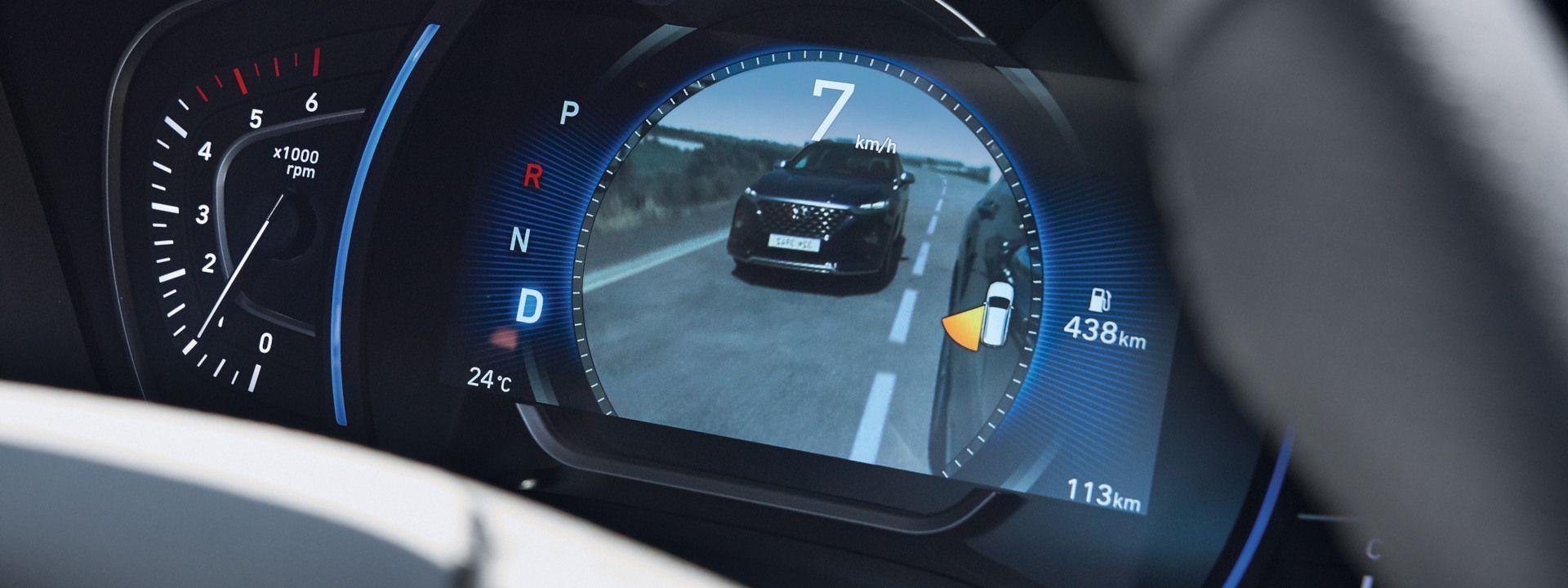 El Nuevo Hyundai Santa Fe mejorado con el monitor de punto muerto