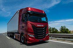 IVECO lanza el nuevo IVECO S-WAY: el camión para el transporte de larga distancia, 100% conectado y centrado en el conductor