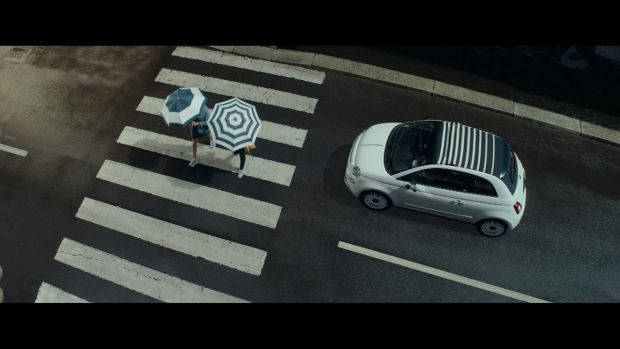 """""""July Forever"""": ya está disponible el nuevo anuncio del Fiat 500 Dolcevita"""