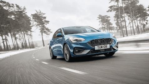 El Ford Focus ST se enfrenta a la (posiblemente) mejor carretera de Europa