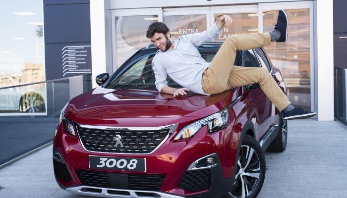 El compositor Lucas Vidal, embajador del nuevo SUV Peugeot 3008