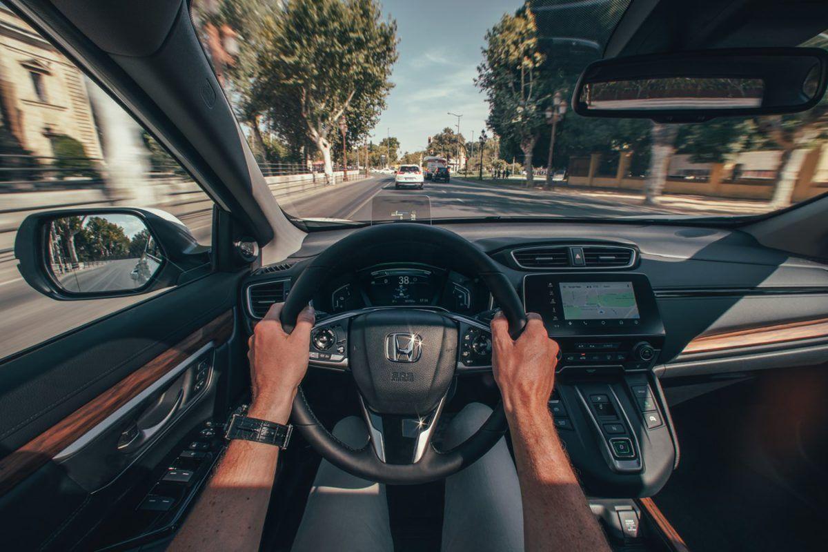 ¡Ponte el cinturón! Las nuevas tecnologías no pueden sustituir los buenos hábitos al volante