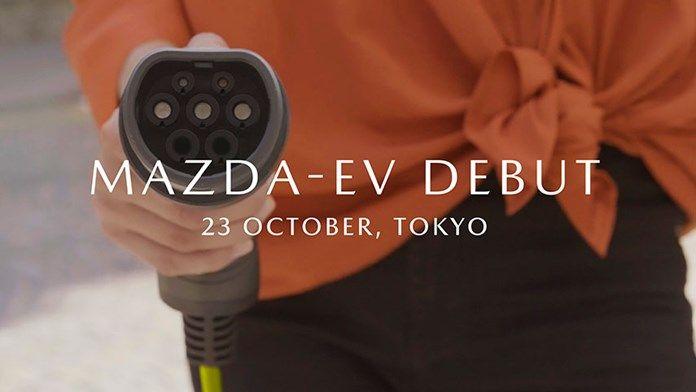 Mazda presenta su primer modelo eléctrico de batería de producción en serie en el Salón del Automóvil de Tokio