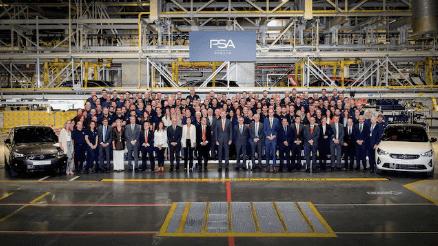 La fábrica de Opel en Zaragoza arranca la producción del Nuevo Corsa