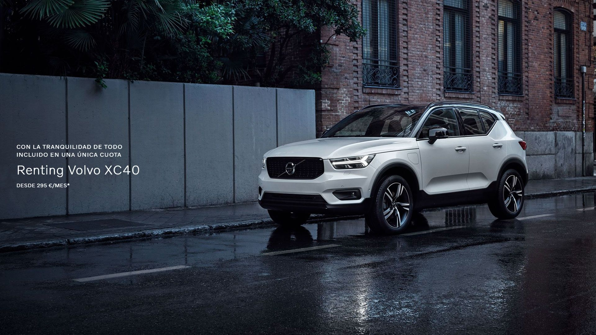 Renting Volvo XC40