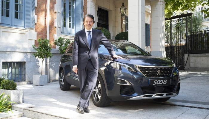 El empresario Antonio Catalán, embajador del nuevo SUV Peugeot 5008
