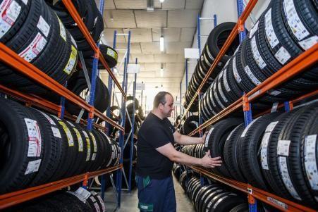 Mejores Neumáticos Calidad Precio para 2020 [Ahorra sin perder calidad]