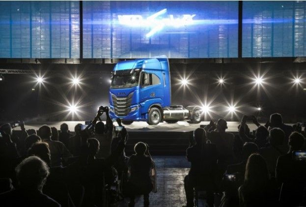 EL EVENTO DE LANZAMIENTO IVECO S-WAY EN MADRID GALARDONADO CON DOS PREMIOS EN LA CEREMONIA BEA 2019