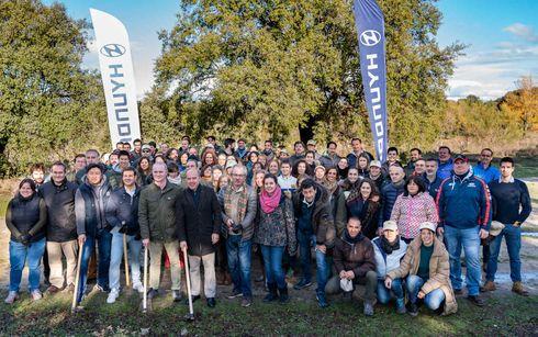 Los trabajadores de Hyundai Motor España plantan 600 árboles