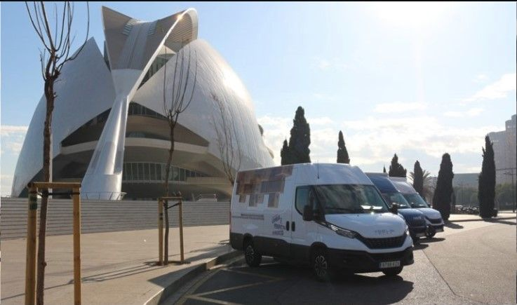 LA 'CARAVANA DAILY' DE IVECO QUE RECORRE ESPAÑA LLEGA A VALENCIA PARA VISITAR A MÁS DE 800 PROFESIONALES DEL TRANSPORTE