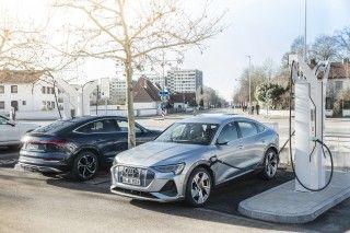 Audi invierte alrededor de 100 millones de euros en infraestructura de recarga en sus factorías