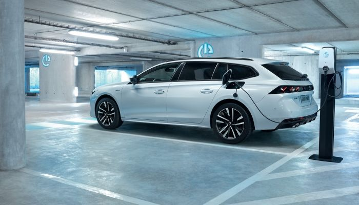 Gama Hybrid Peugeot: pensada para el día a día