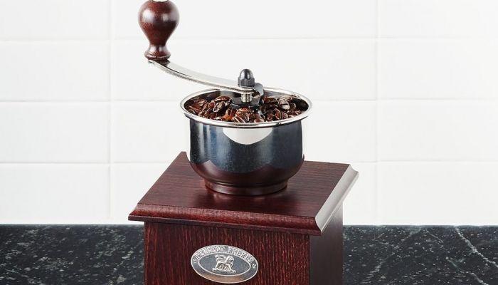Los molinillos PEUGEOT permiten el placer de disfrutar del aroma de un café recién molido en casa