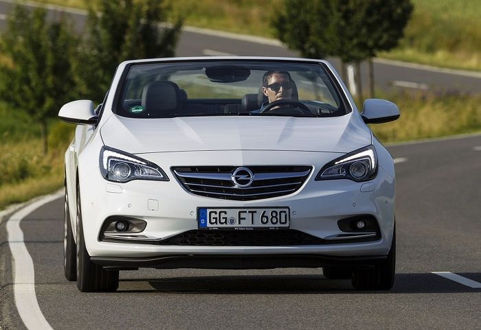 El Opel Cabrio estrena nuevo motor gasolina